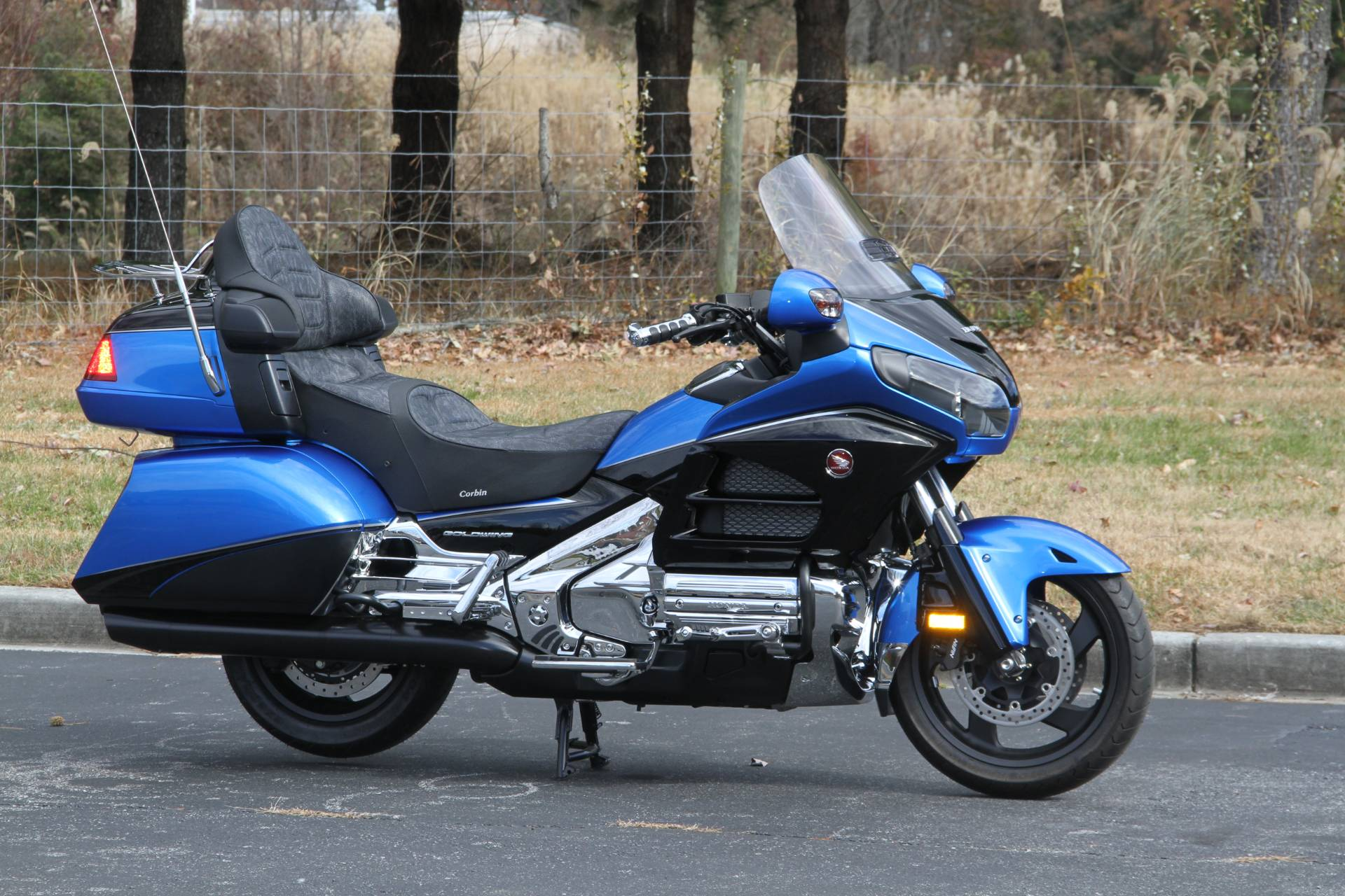 2017 Honda Gold Wing Audio Comfort in Hendersonville, North Carolina - Photo 8