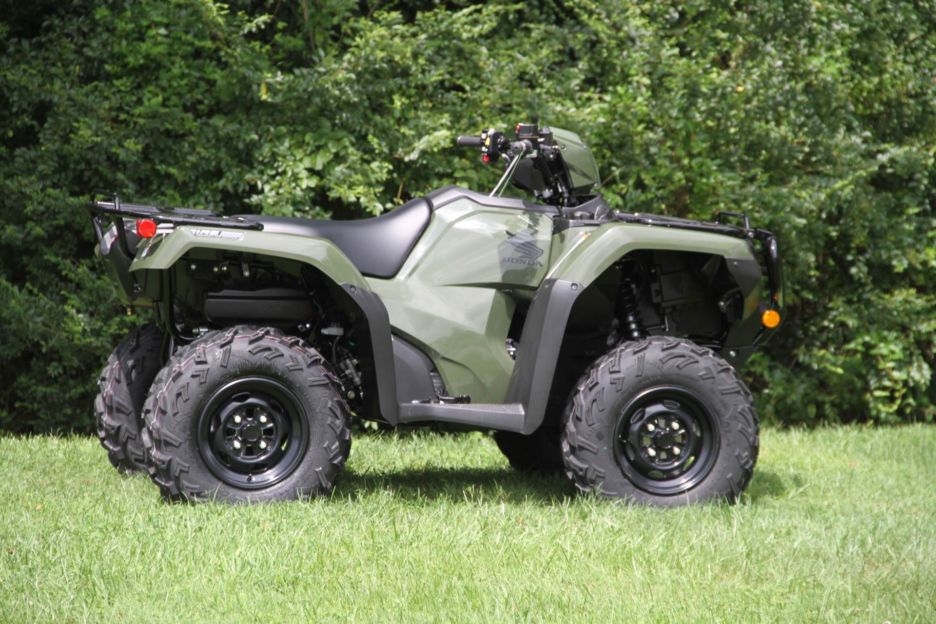 2021 Honda FourTrax Foreman Rubicon 4x4 Automatic DCT EPS in Hendersonville, North Carolina - Photo 11