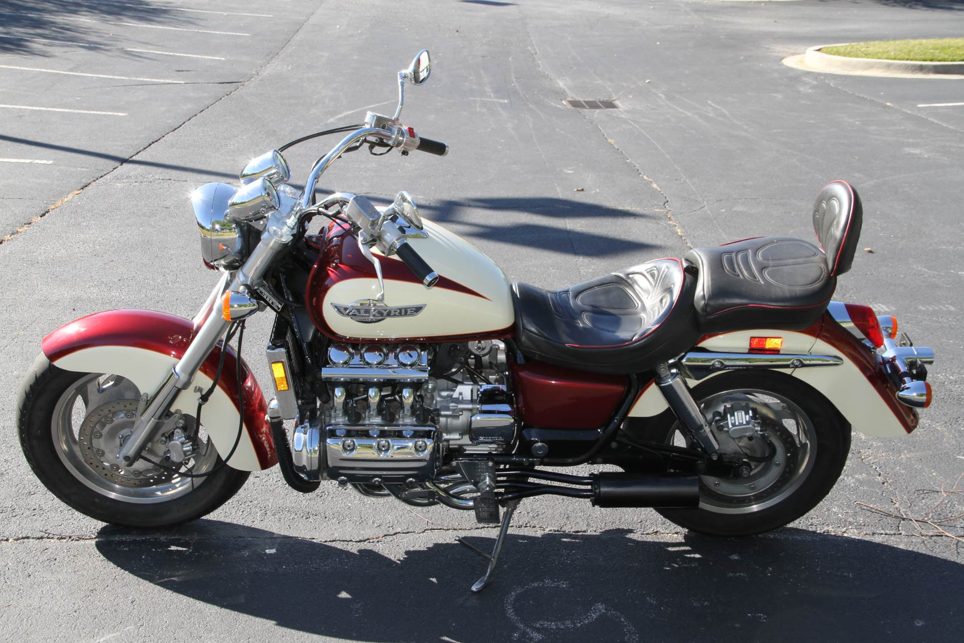 1998 Honda GL1500C in Hendersonville, North Carolina - Photo 14