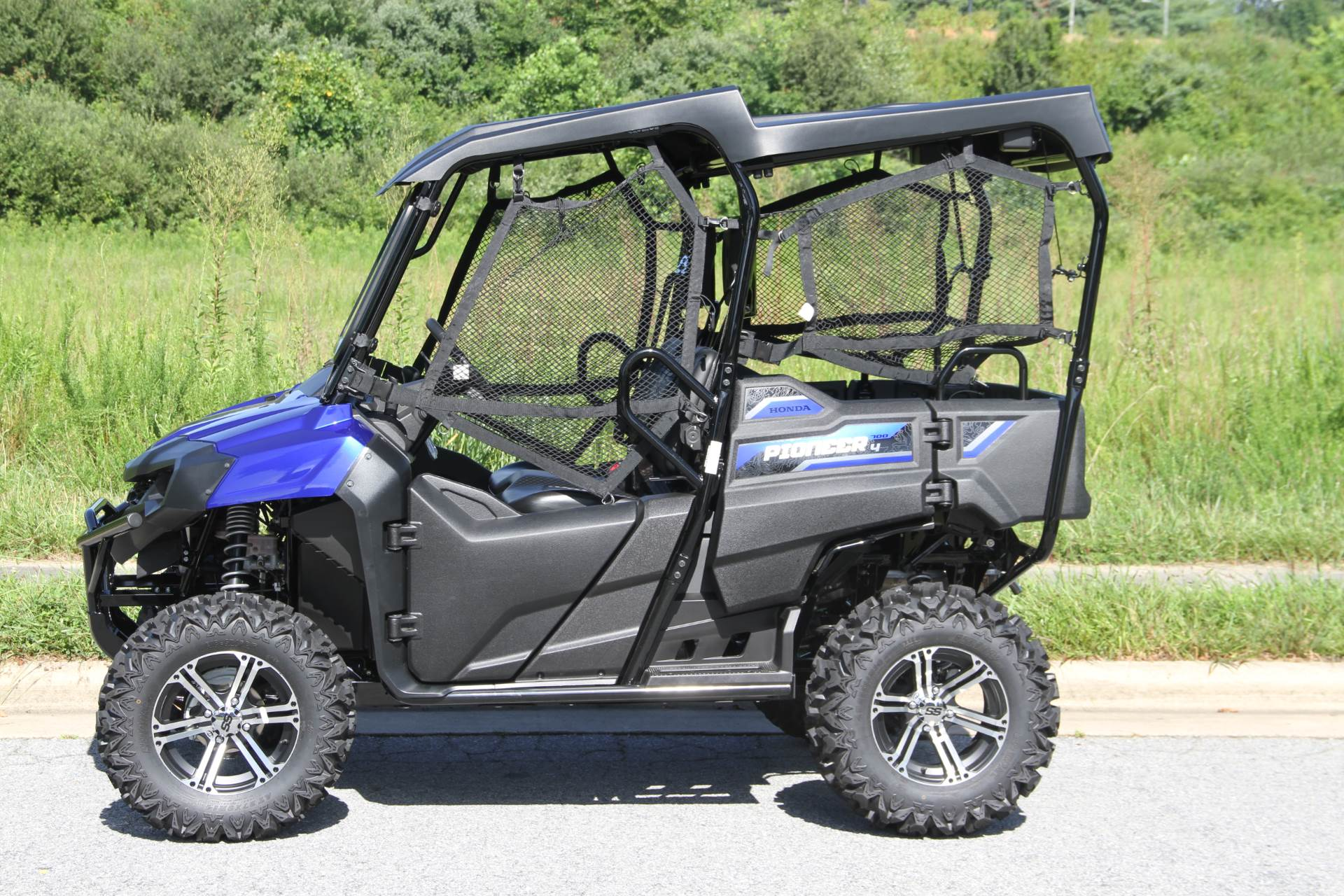 2019 Honda Pioneer 700-4 Deluxe in Hendersonville, North Carolina - Photo 8