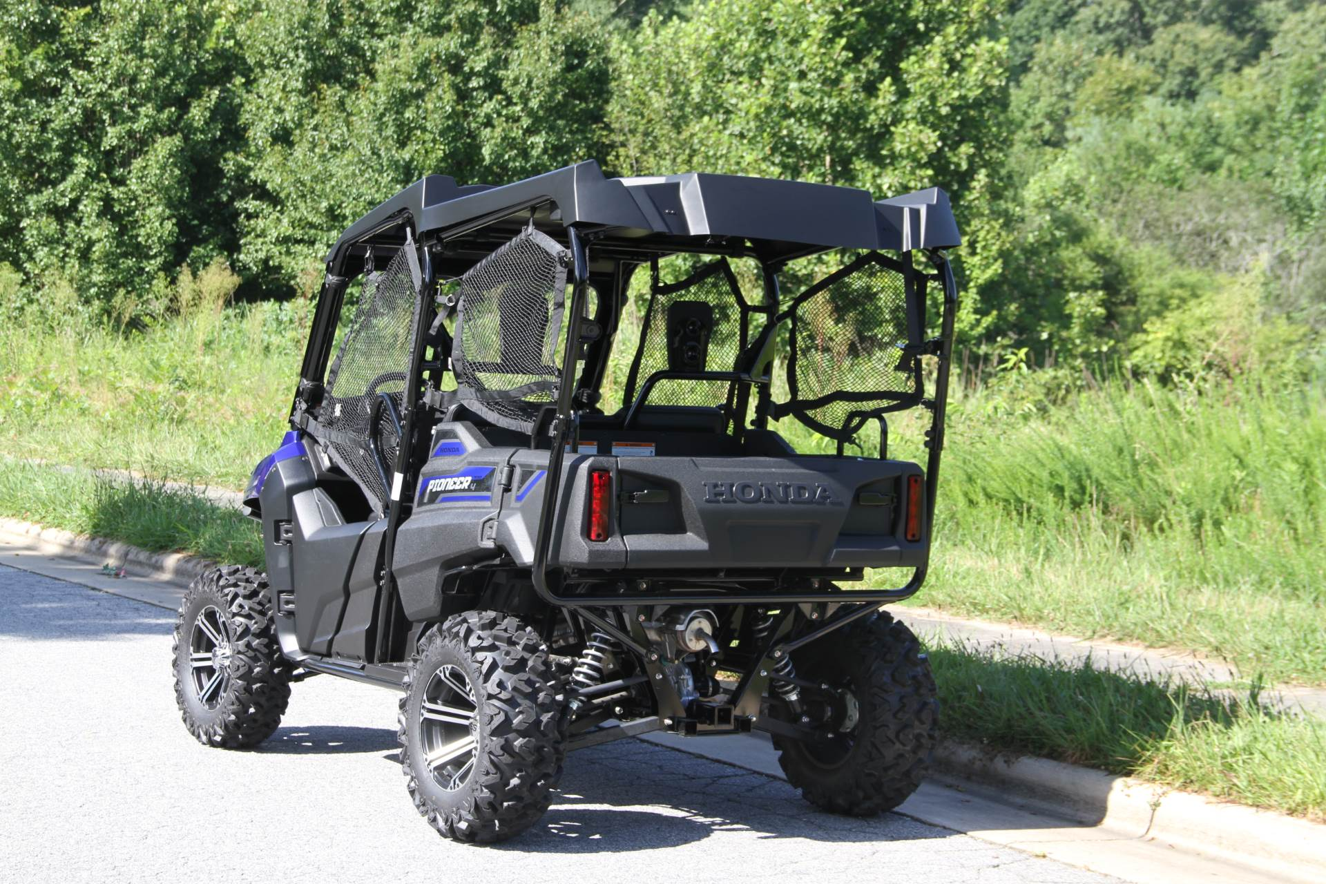 2019 Honda Pioneer 700-4 Deluxe in Hendersonville, North Carolina - Photo 12