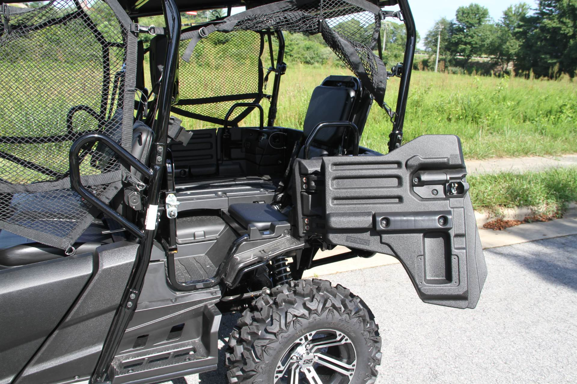 2019 Honda Pioneer 700-4 Deluxe in Hendersonville, North Carolina - Photo 19