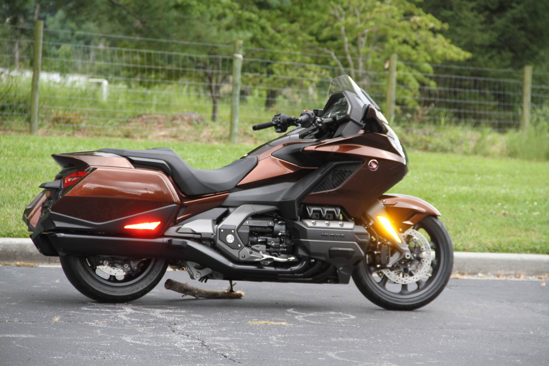 2018 Honda Gold Wing DCT in Hendersonville, North Carolina - Photo 9