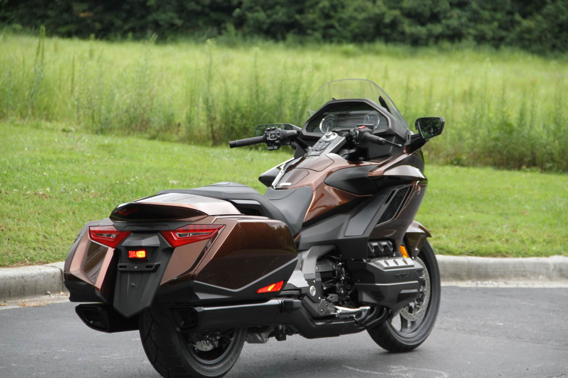 2018 Honda Gold Wing DCT in Hendersonville, North Carolina - Photo 12