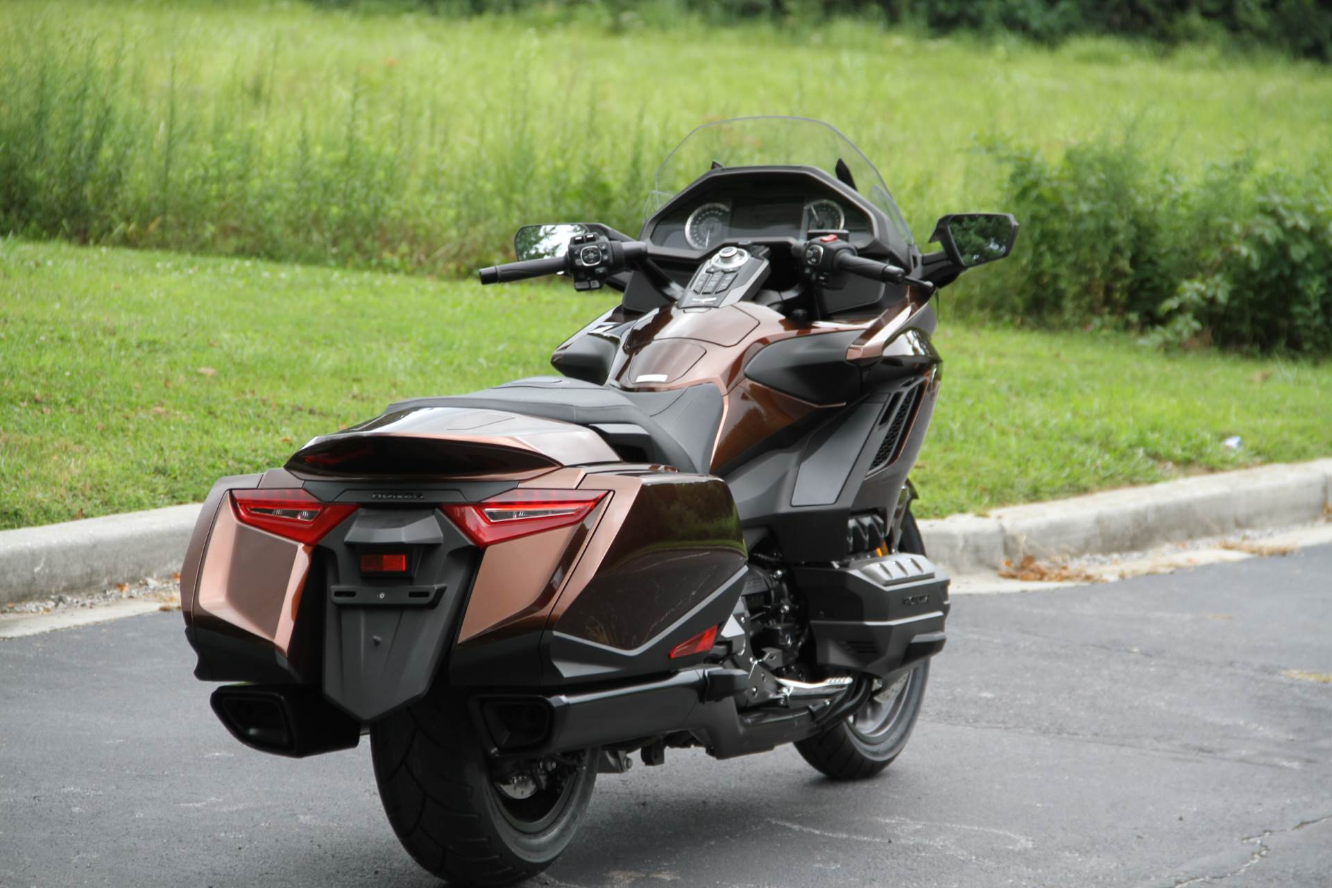 2018 Honda Gold Wing DCT in Hendersonville, North Carolina - Photo 13