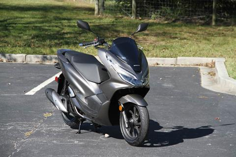 2019 Honda PCX150 ABS in Hendersonville, North Carolina - Photo 3