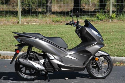 2019 Honda PCX150 ABS in Hendersonville, North Carolina - Photo 6