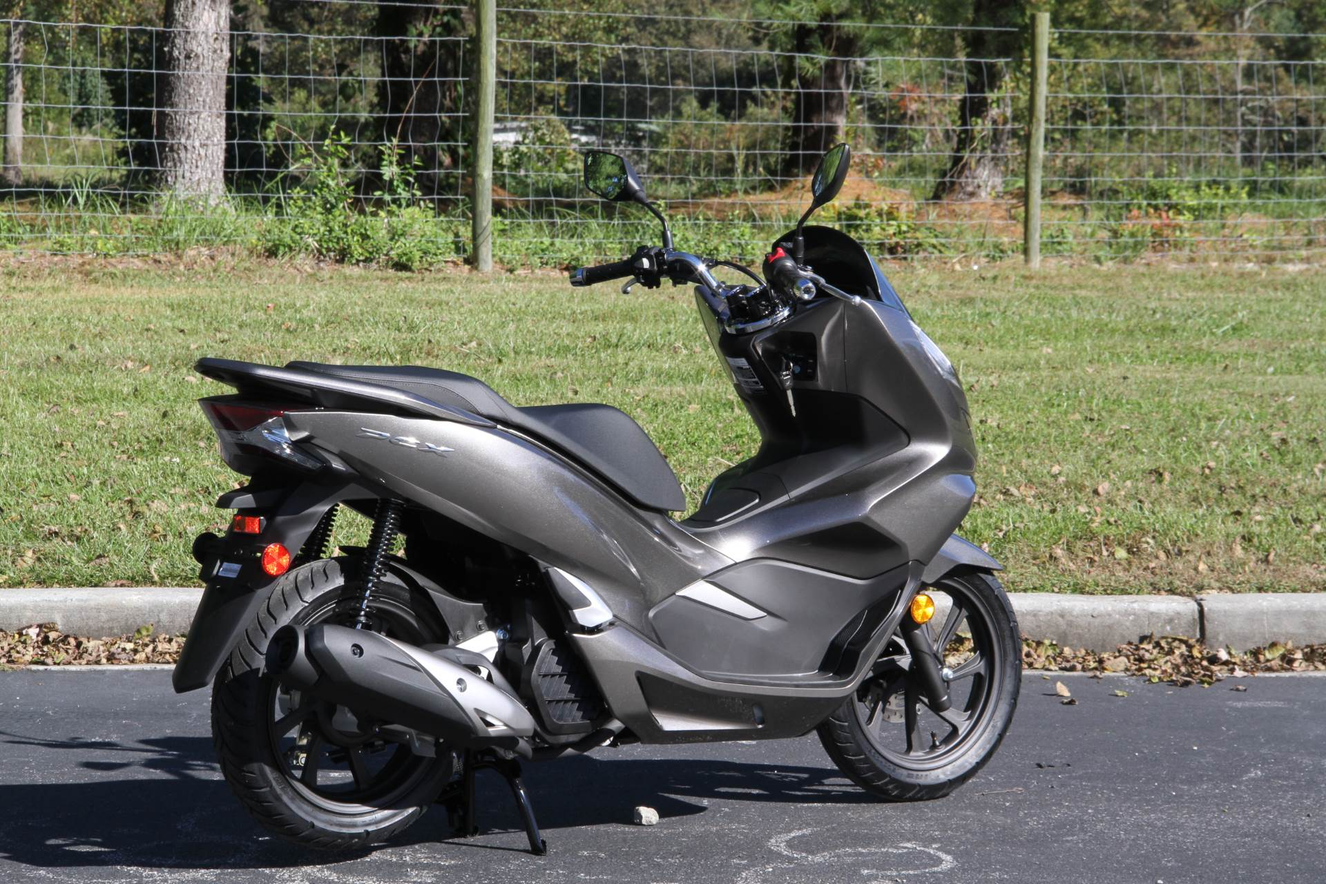 2019 Honda PCX150 ABS in Hendersonville, North Carolina - Photo 7