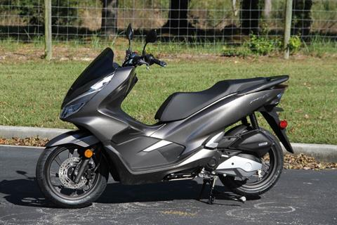 2019 Honda PCX150 ABS in Hendersonville, North Carolina - Photo 2