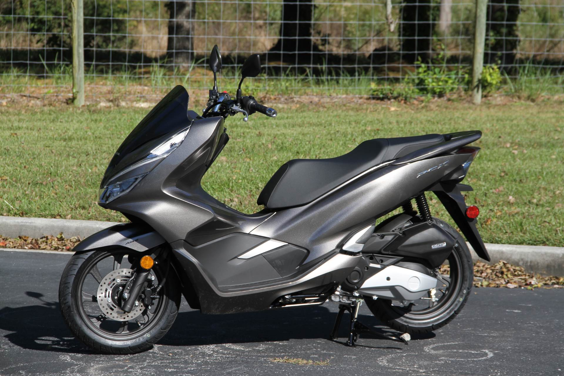 2019 Honda PCX150 ABS in Hendersonville, North Carolina - Photo 13