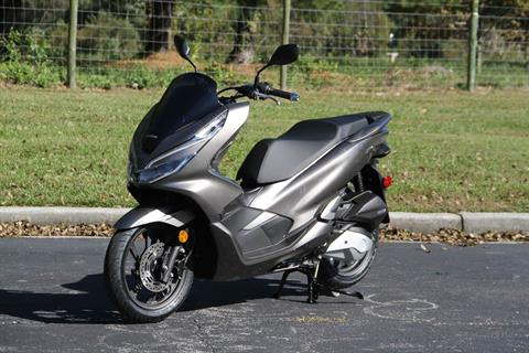 2019 Honda PCX150 ABS in Hendersonville, North Carolina - Photo 14
