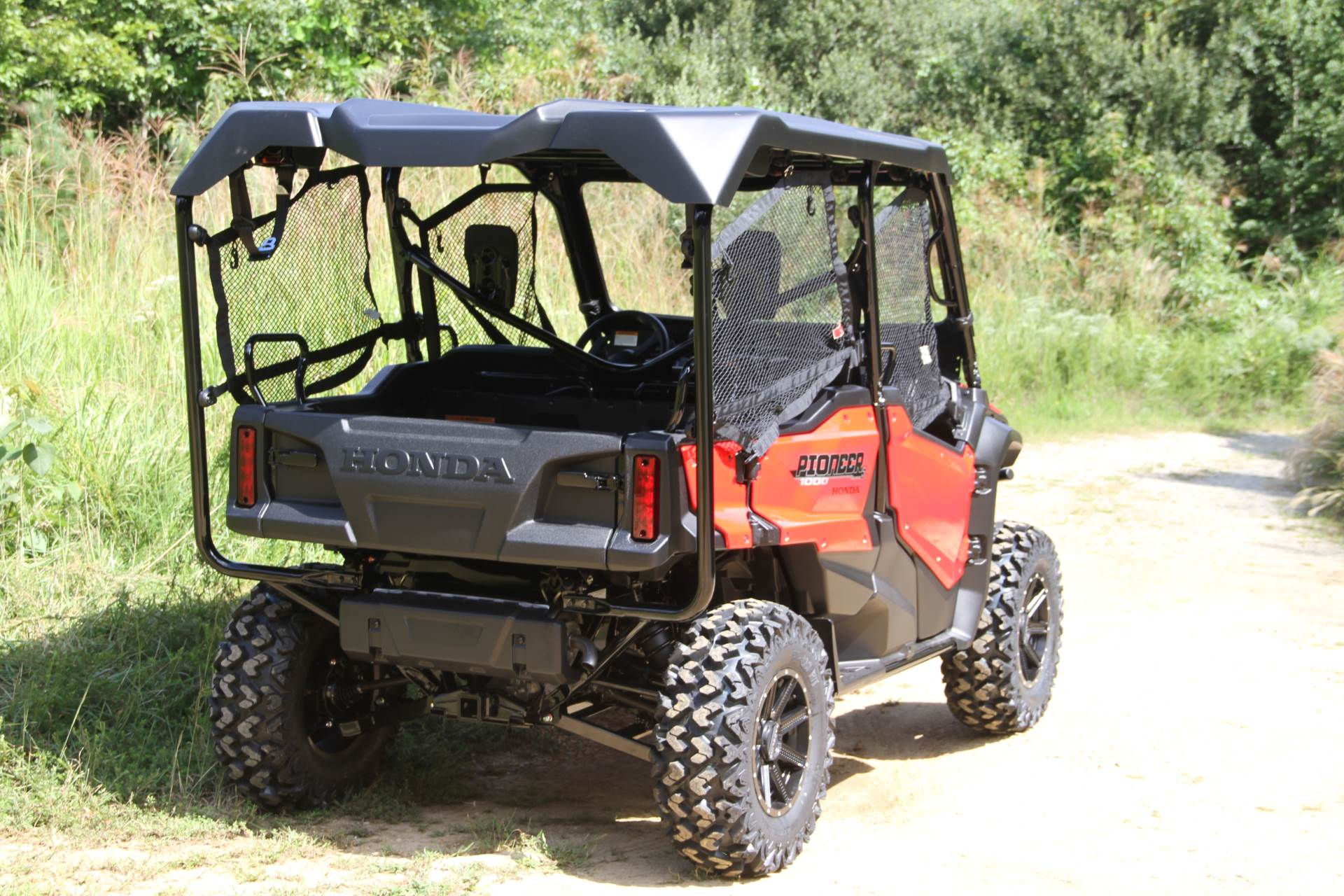 2021 Honda Pioneer 1000-5 Deluxe in Hendersonville, North Carolina - Photo 9
