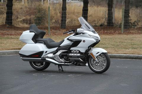 2018 Honda Gold Wing Tour Automatic DCT in Hendersonville, North Carolina - Photo 10