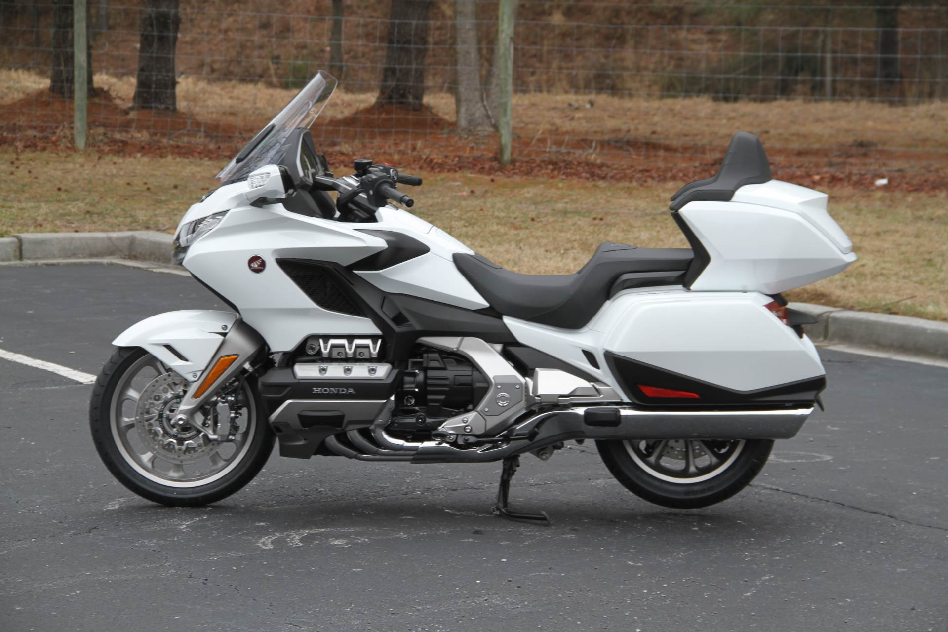 2018 Honda Gold Wing Tour Automatic DCT in Hendersonville, North Carolina - Photo 35