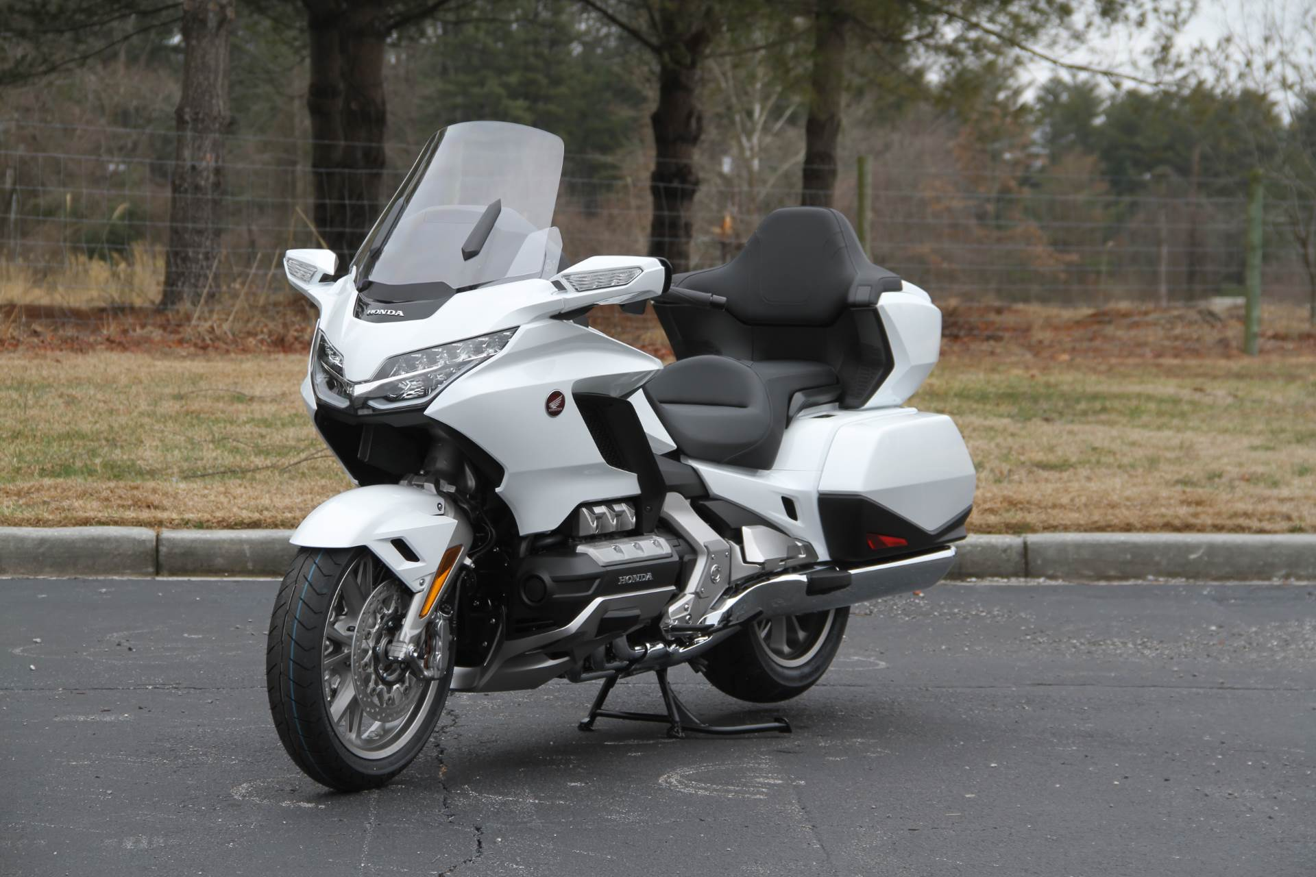 2018 Honda Gold Wing Tour Automatic DCT in Hendersonville, North Carolina - Photo 39