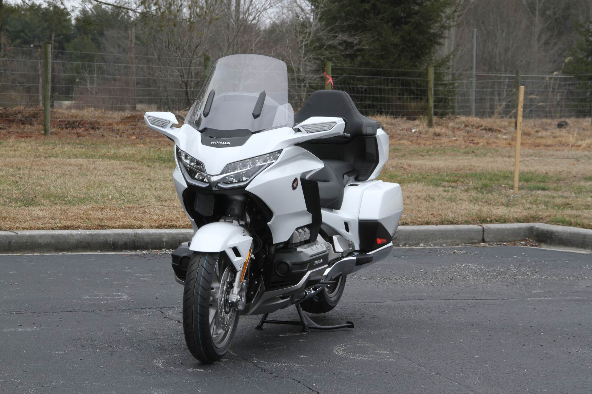 2018 Honda Gold Wing Tour Automatic DCT in Hendersonville, North Carolina - Photo 40