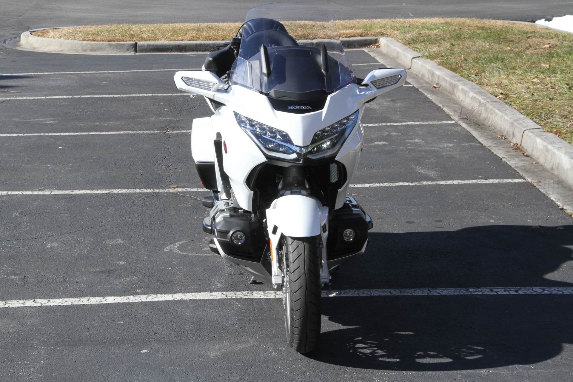 2018 Honda Gold Wing Tour Automatic DCT in Hendersonville, North Carolina - Photo 3