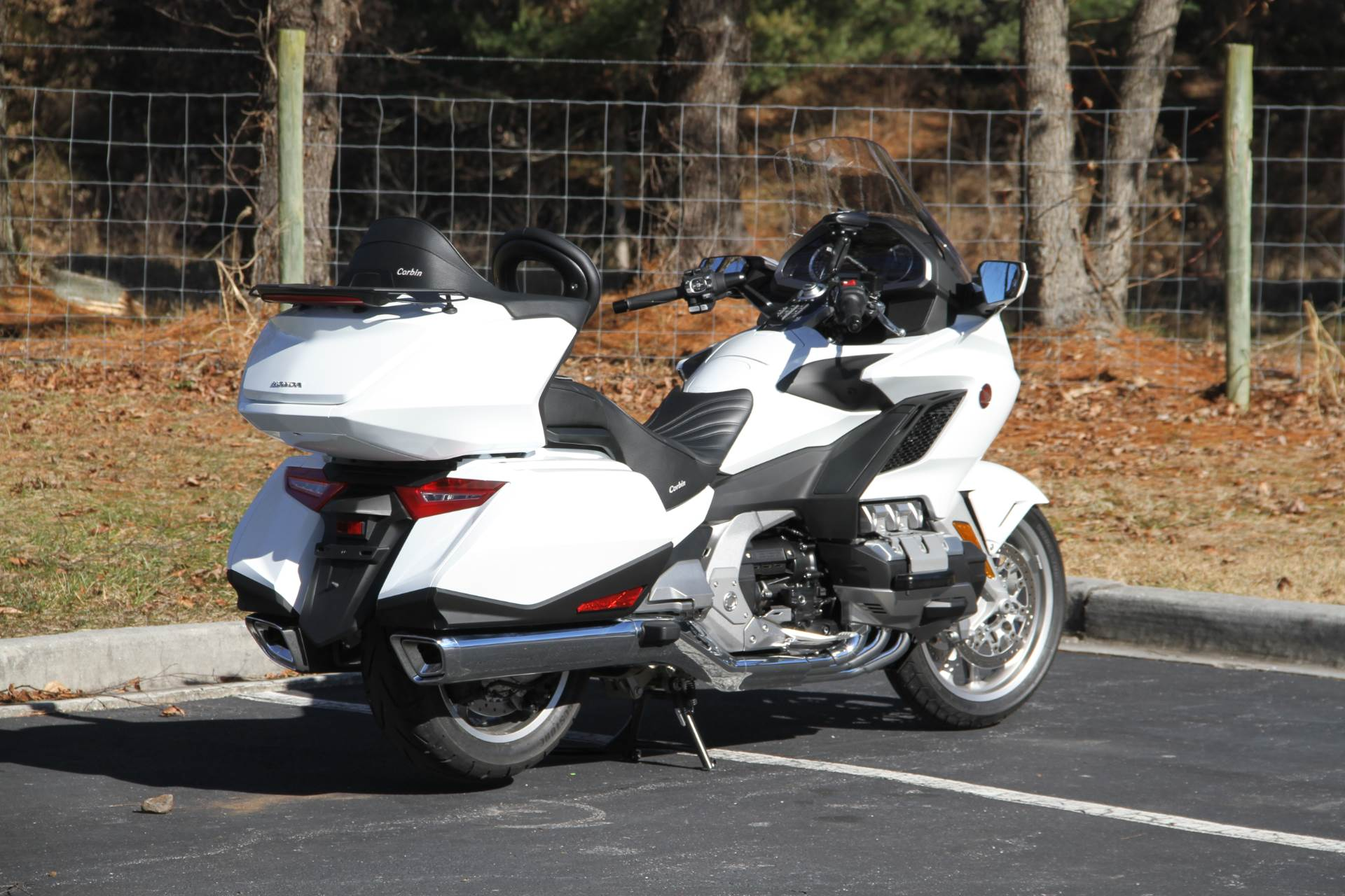 2018 Honda Gold Wing Tour Automatic DCT in Hendersonville, North Carolina - Photo 16