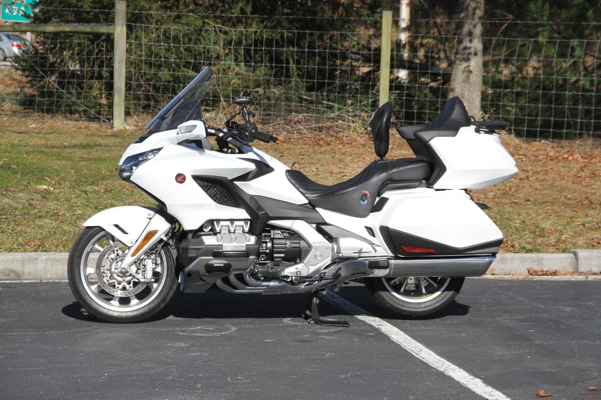 2018 Honda Gold Wing Tour Automatic DCT in Hendersonville, North Carolina - Photo 49