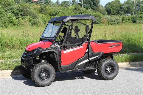 2018 Honda Pioneer 1000 EPS in Hendersonville, North Carolina - Photo 7