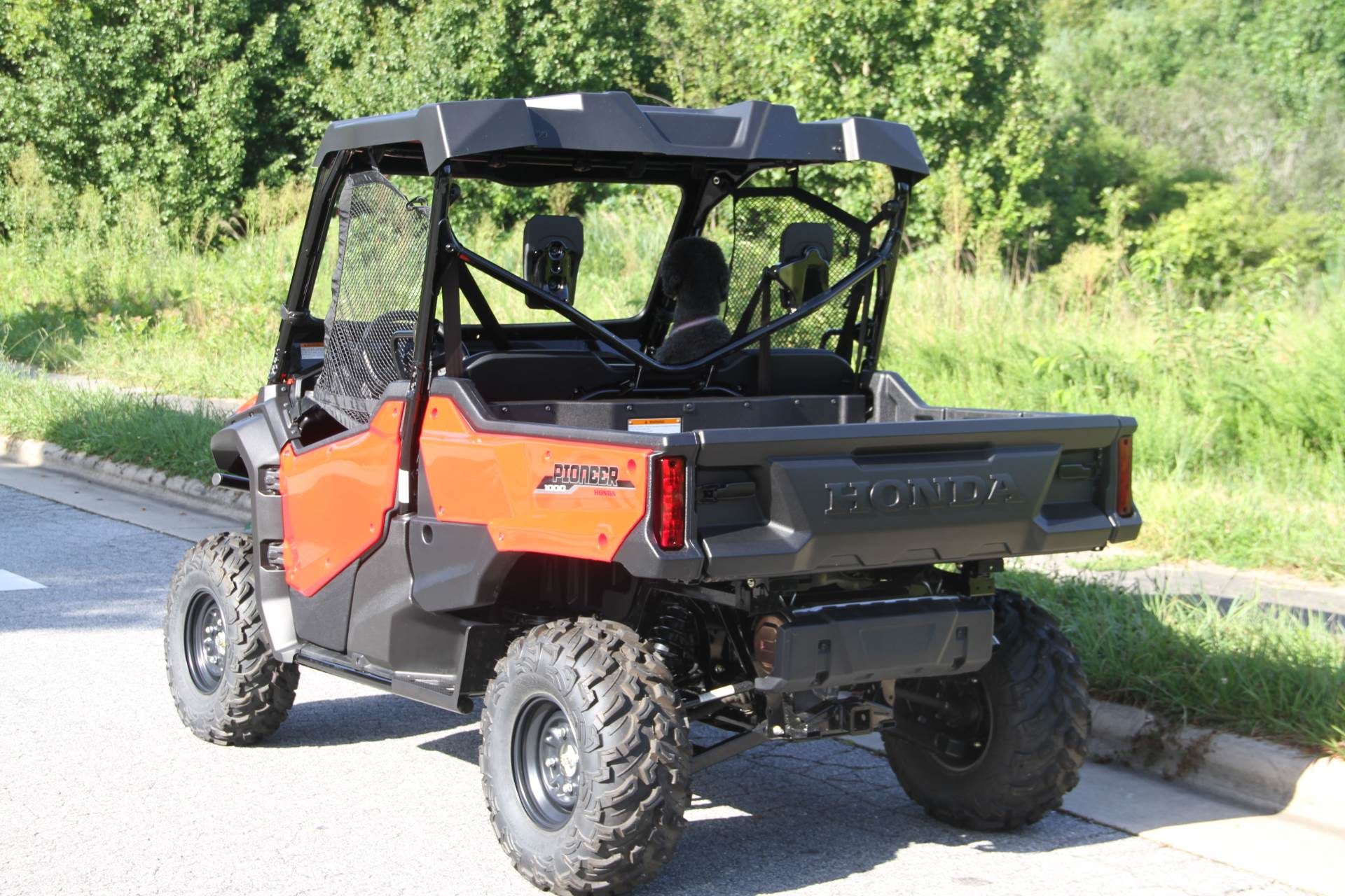 2018 Honda Pioneer 1000 EPS in Hendersonville, North Carolina - Photo 11