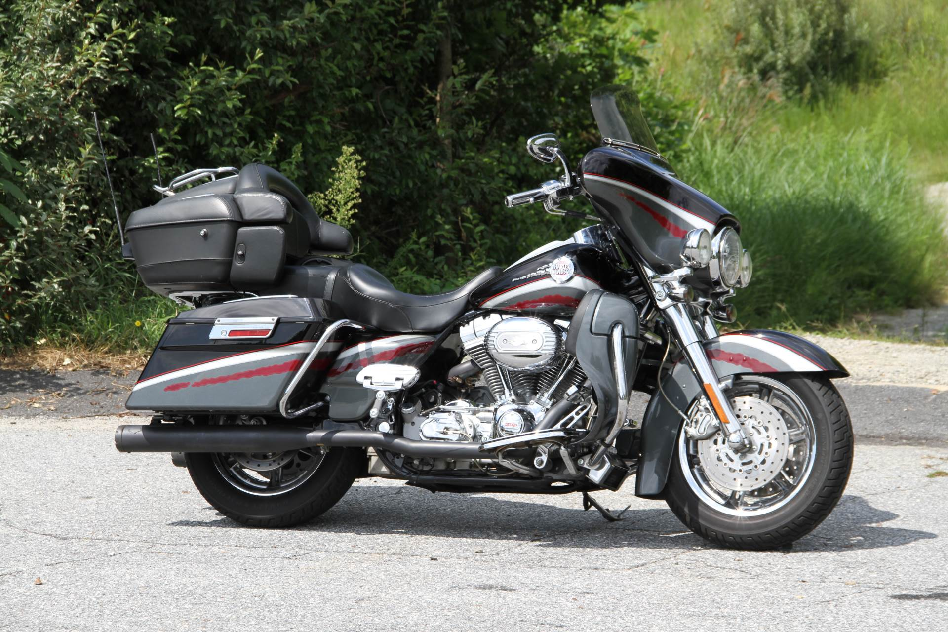 Used 2006 harley davidson cvo screamin 39 eagle ultra for Harley davidson motor credit