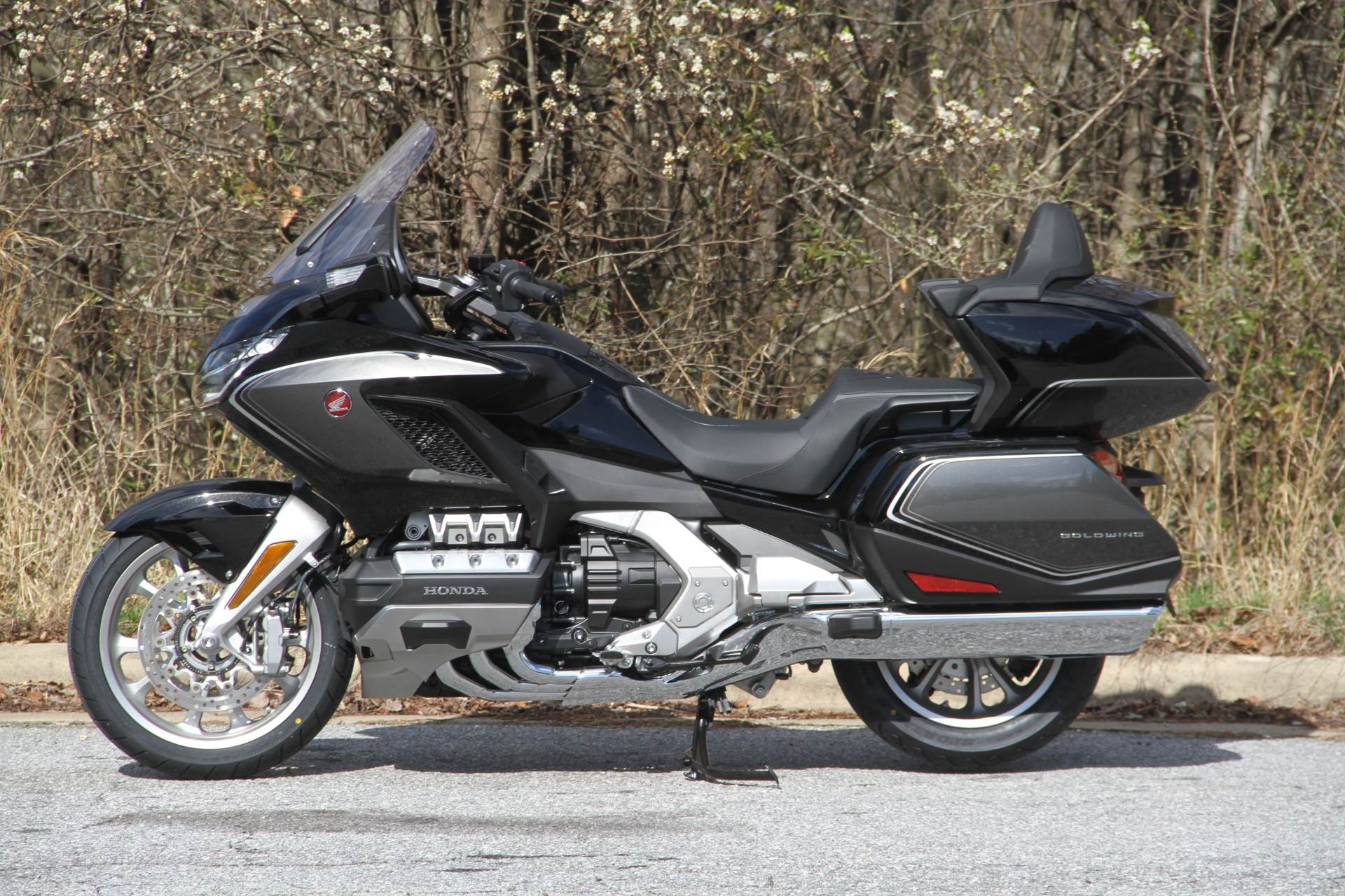 2020 Honda GOLDWING in Hendersonville, North Carolina - Photo 10
