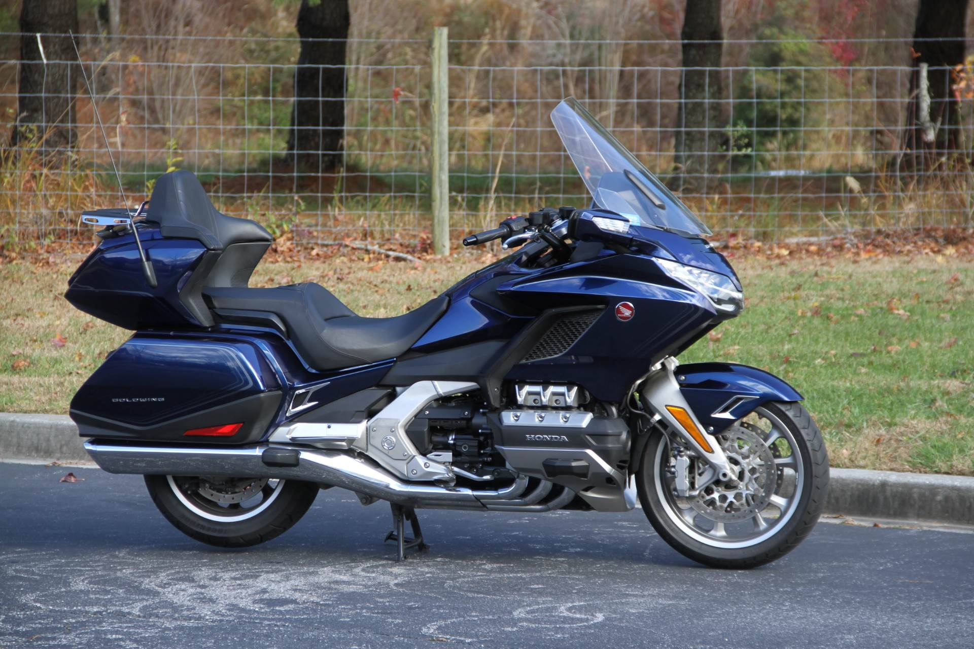 2018 Honda Gold Wing Tour in Hendersonville, North Carolina - Photo 6