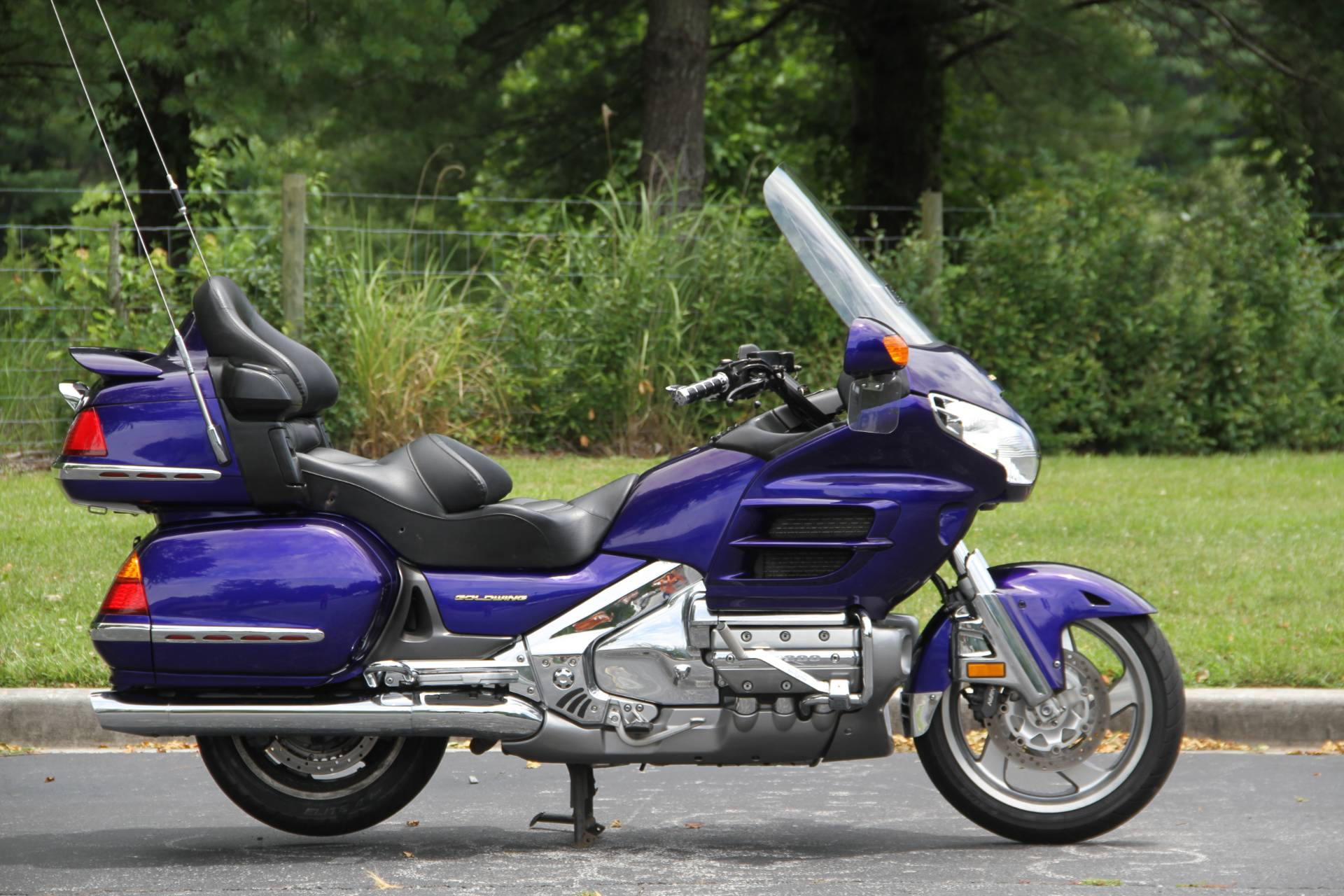 2002 Honda Gold Wing in Hendersonville, North Carolina - Photo 8