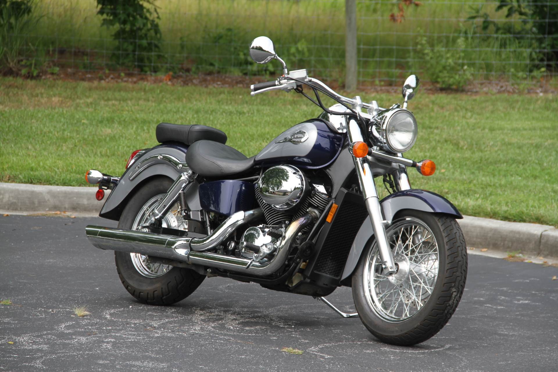 2001 Honda Shadow ACE Deluxe in Hendersonville, North Carolina - Photo 4
