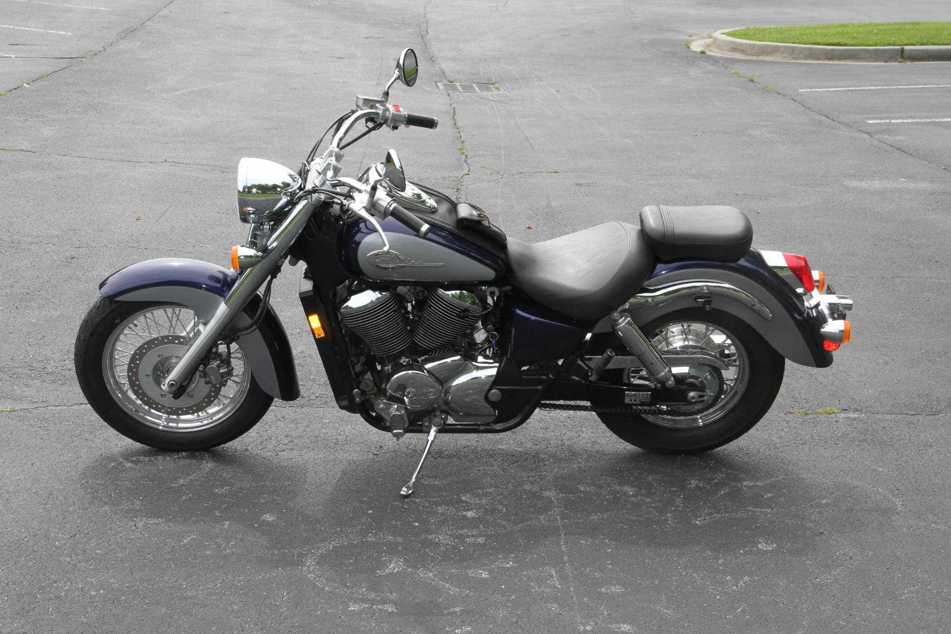 2001 Honda Shadow ACE Deluxe in Hendersonville, North Carolina - Photo 13