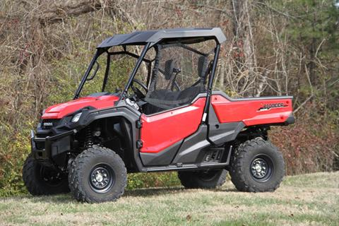 2016 Honda Pioneer 1000 EPS in Hendersonville, North Carolina