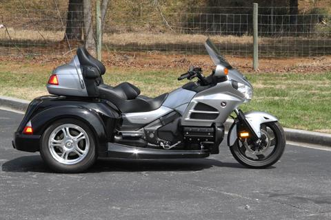 2015 Honda Gold Wing® Audio Comfort in Hendersonville, North Carolina - Photo 11