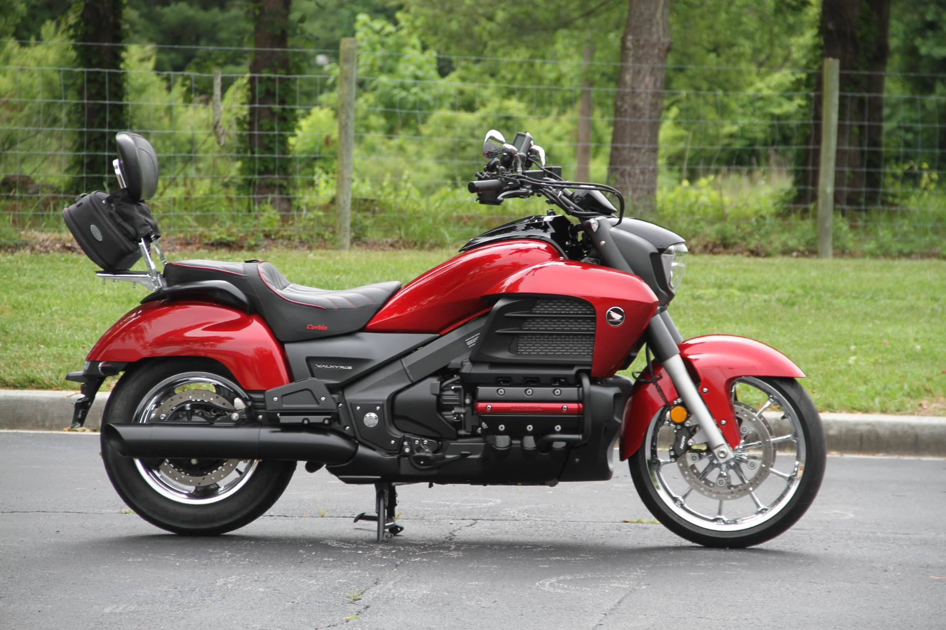 2005 Honda Valkyrie Rune in Hendersonville, North Carolina - Photo 3
