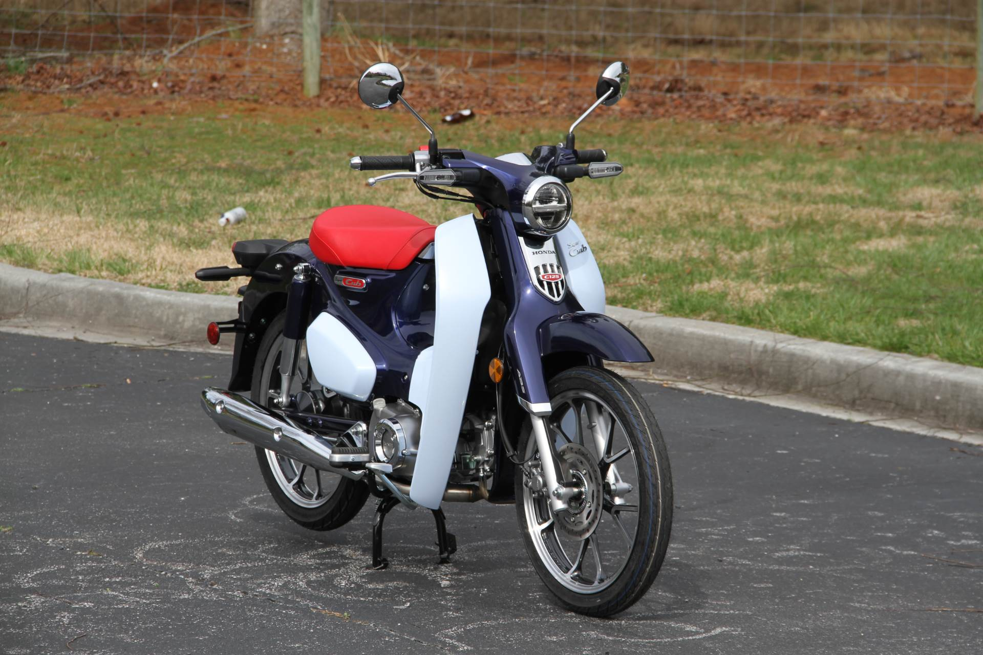 2019 Honda Super Cub C125 ABS in Hendersonville, North Carolina - Photo 4