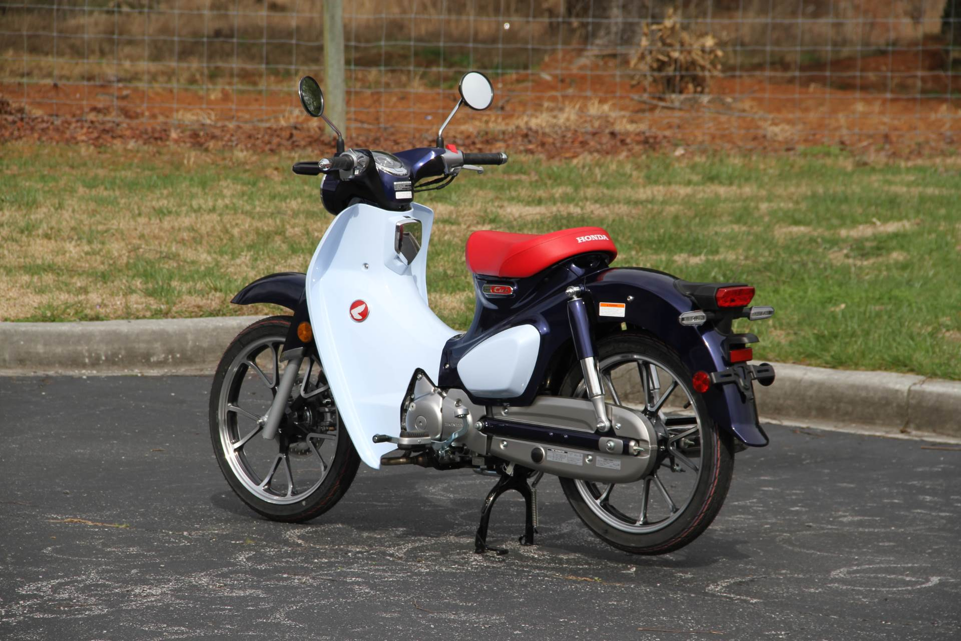 2019 Honda Super Cub C125 ABS in Hendersonville, North Carolina - Photo 19