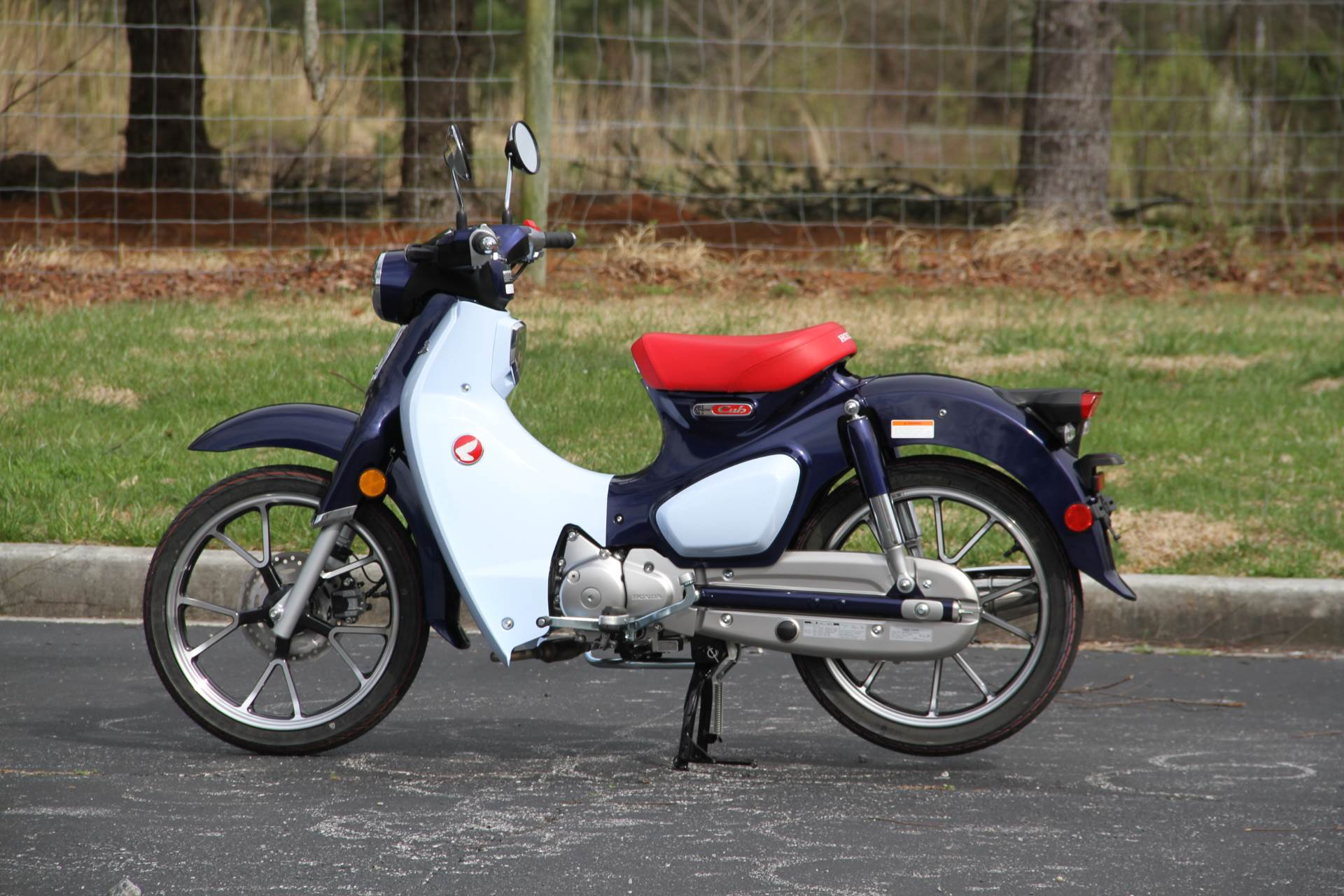 2019 Honda Super Cub C125 ABS in Hendersonville, North Carolina - Photo 21