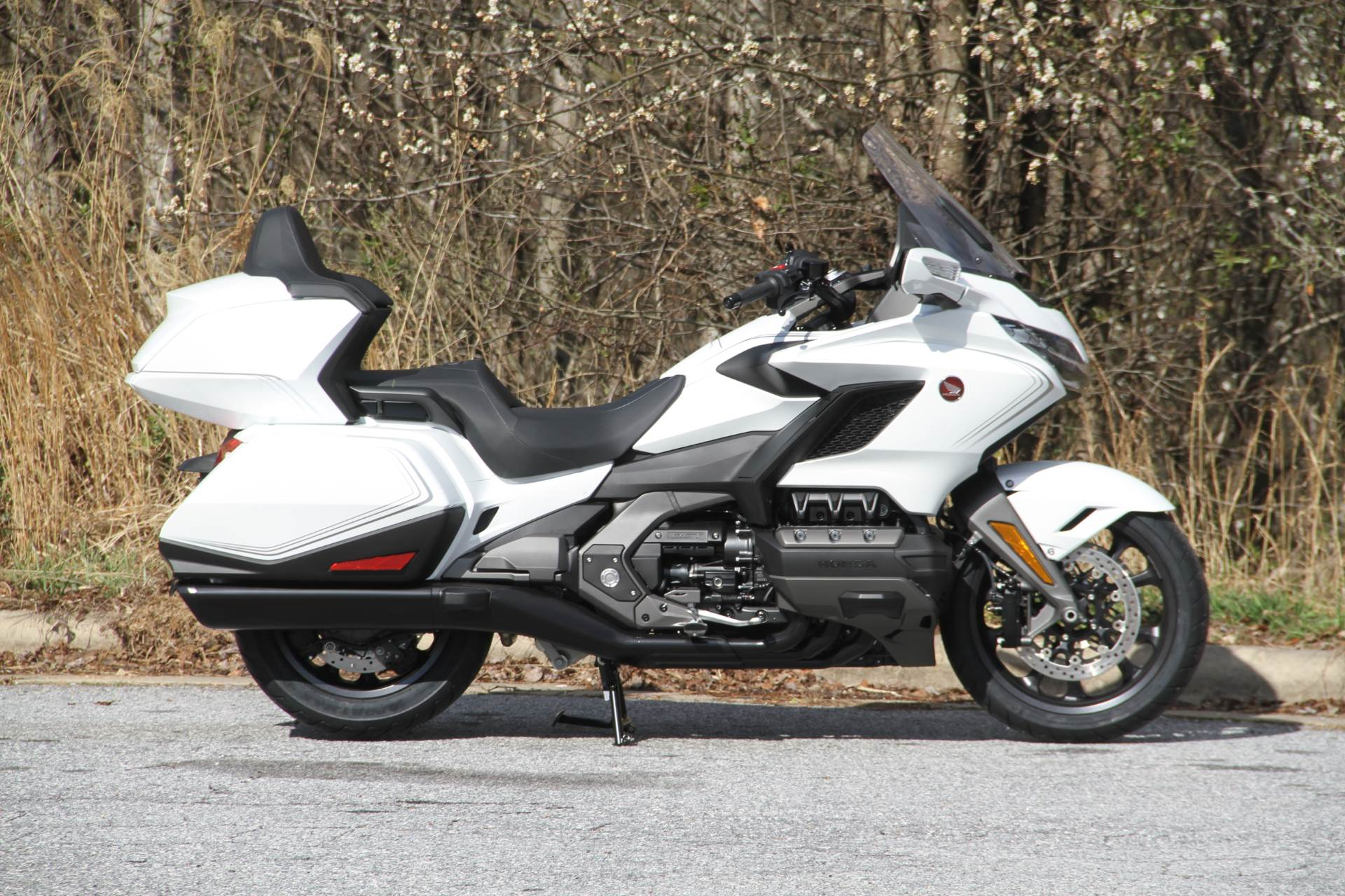 2020 Honda Gold Wing Tour in Hendersonville, North Carolina - Photo 11