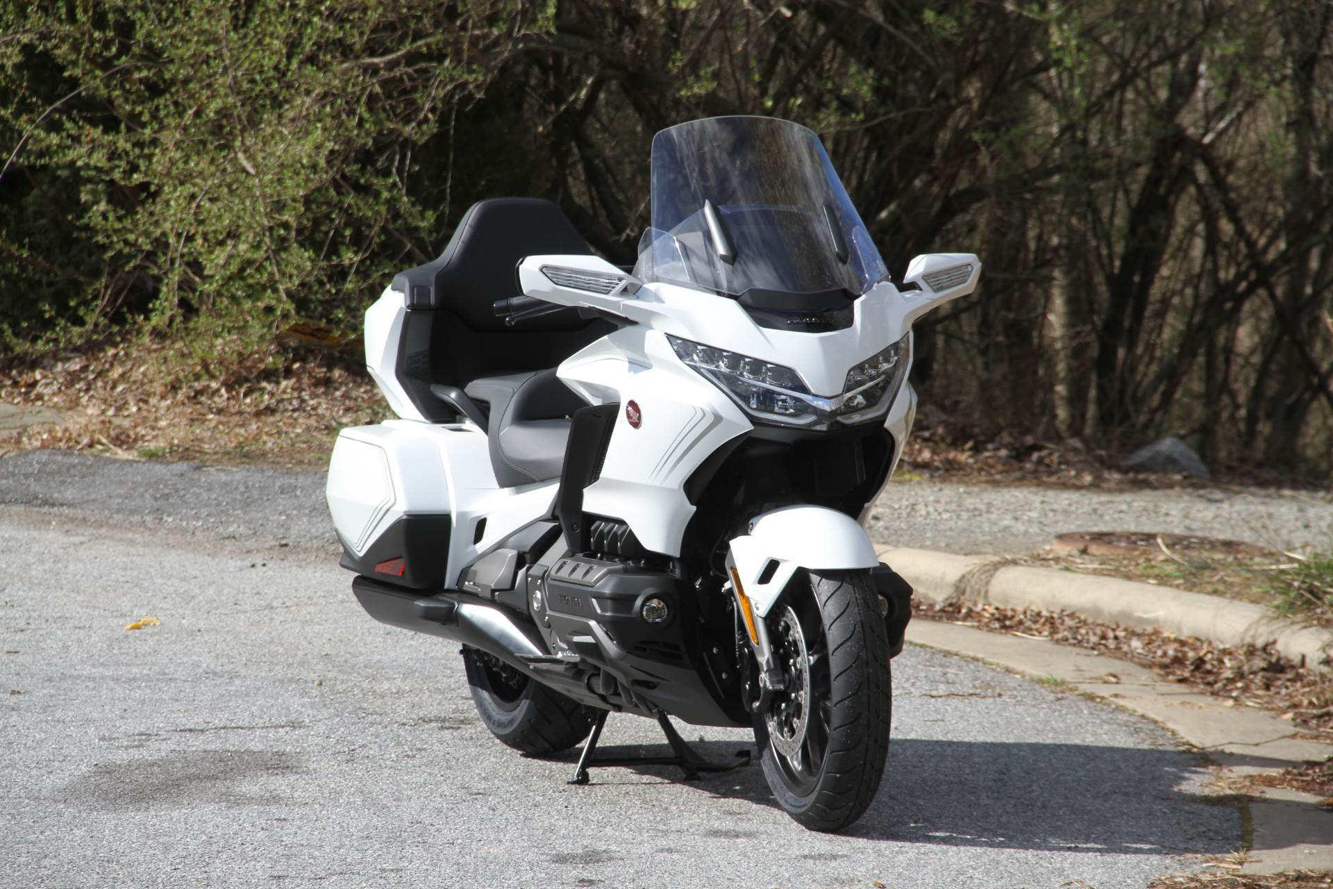 2020 Honda Gold Wing Tour in Hendersonville, North Carolina - Photo 15