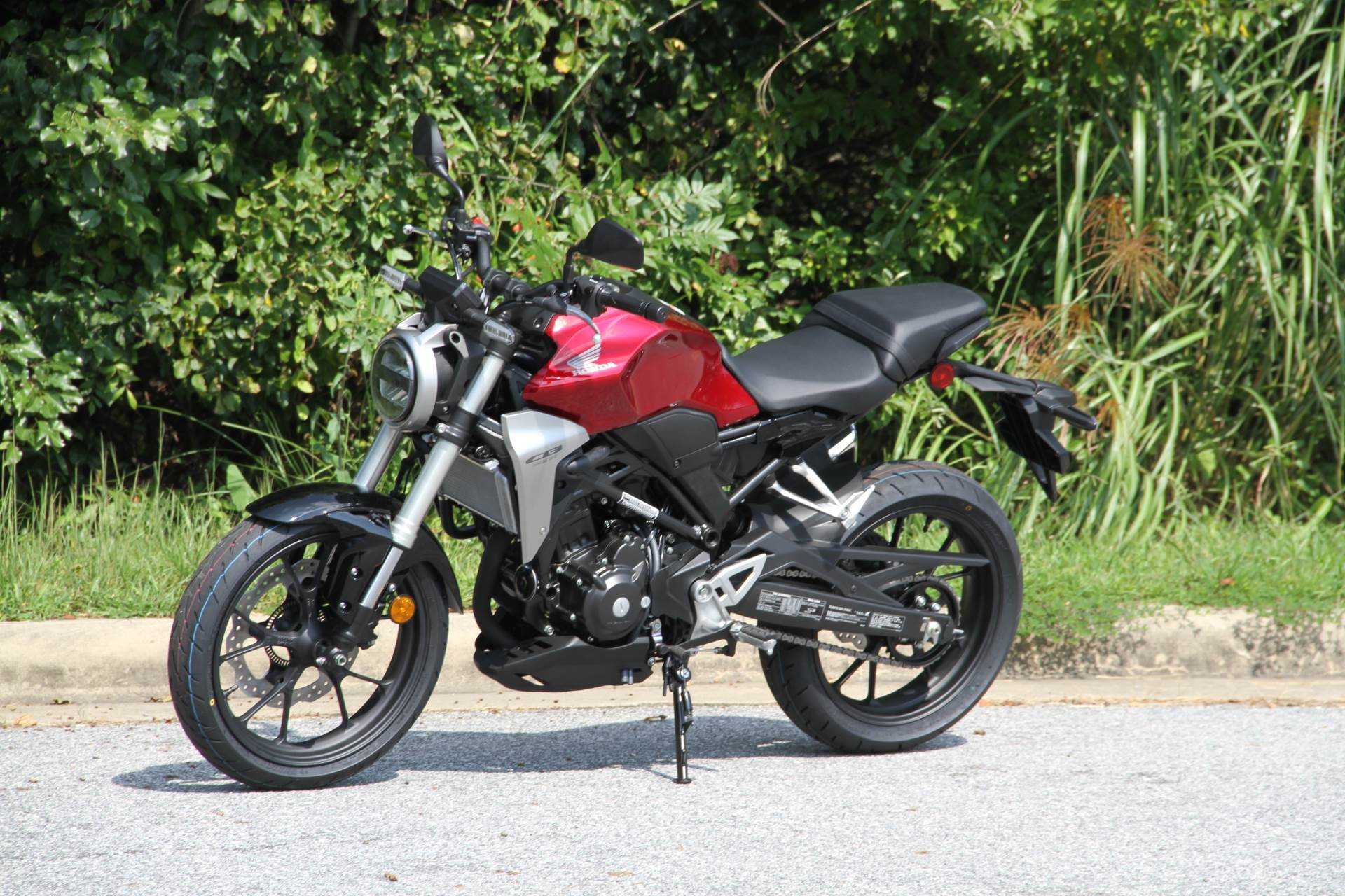 2019 Honda CB300R in Hendersonville, North Carolina - Photo 21