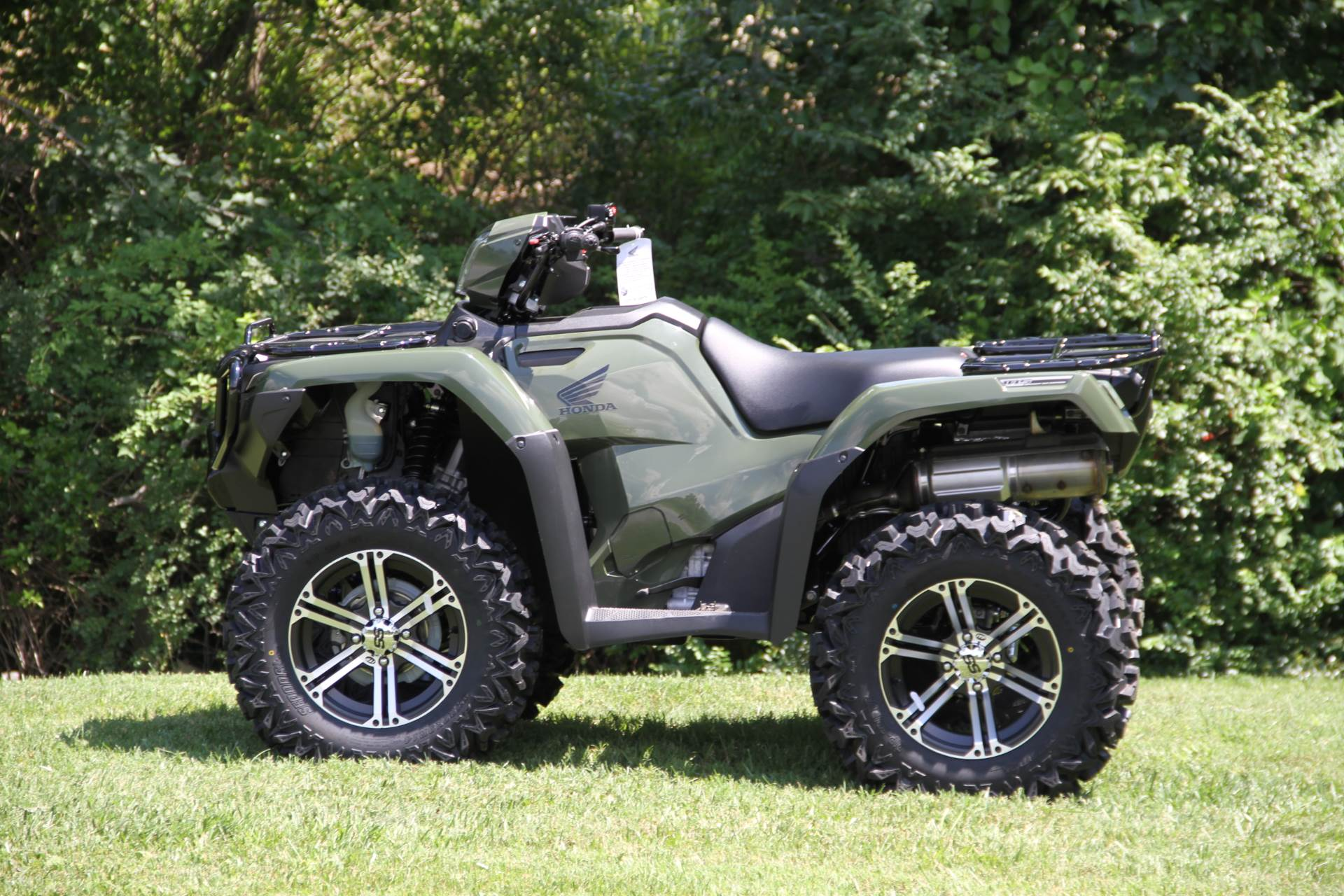 2017 Honda FourTrax Foreman Rubicon 4x4 EPS in Hendersonville, North Carolina