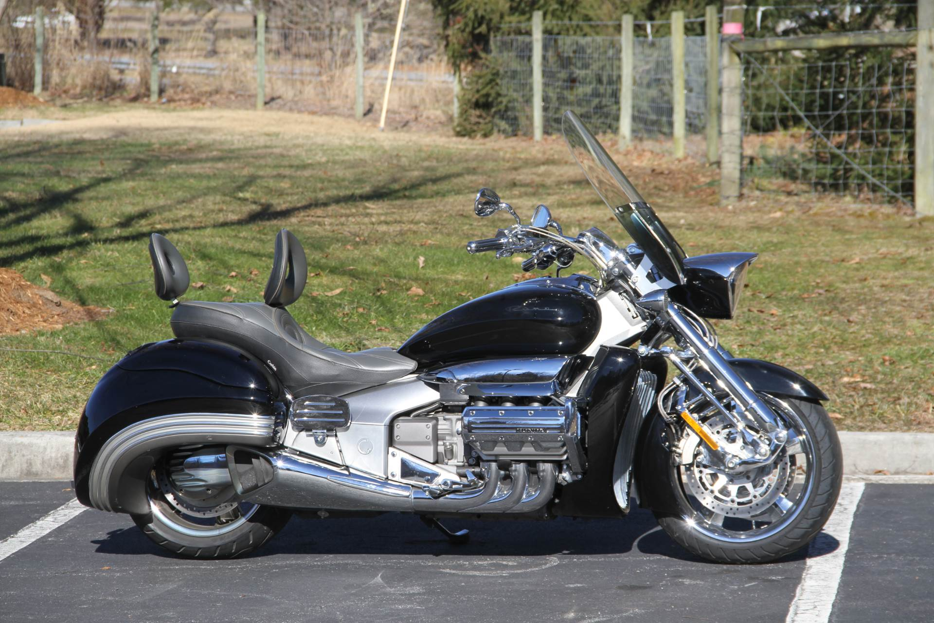 2004 Honda Valkyrie Rune in Hendersonville, North Carolina - Photo 2