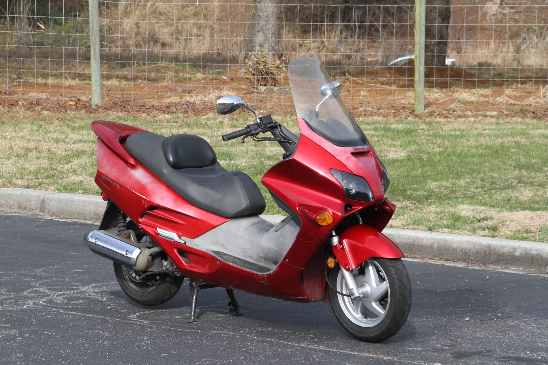 2001 Honda Reflex ABS in Hendersonville, North Carolina - Photo 2