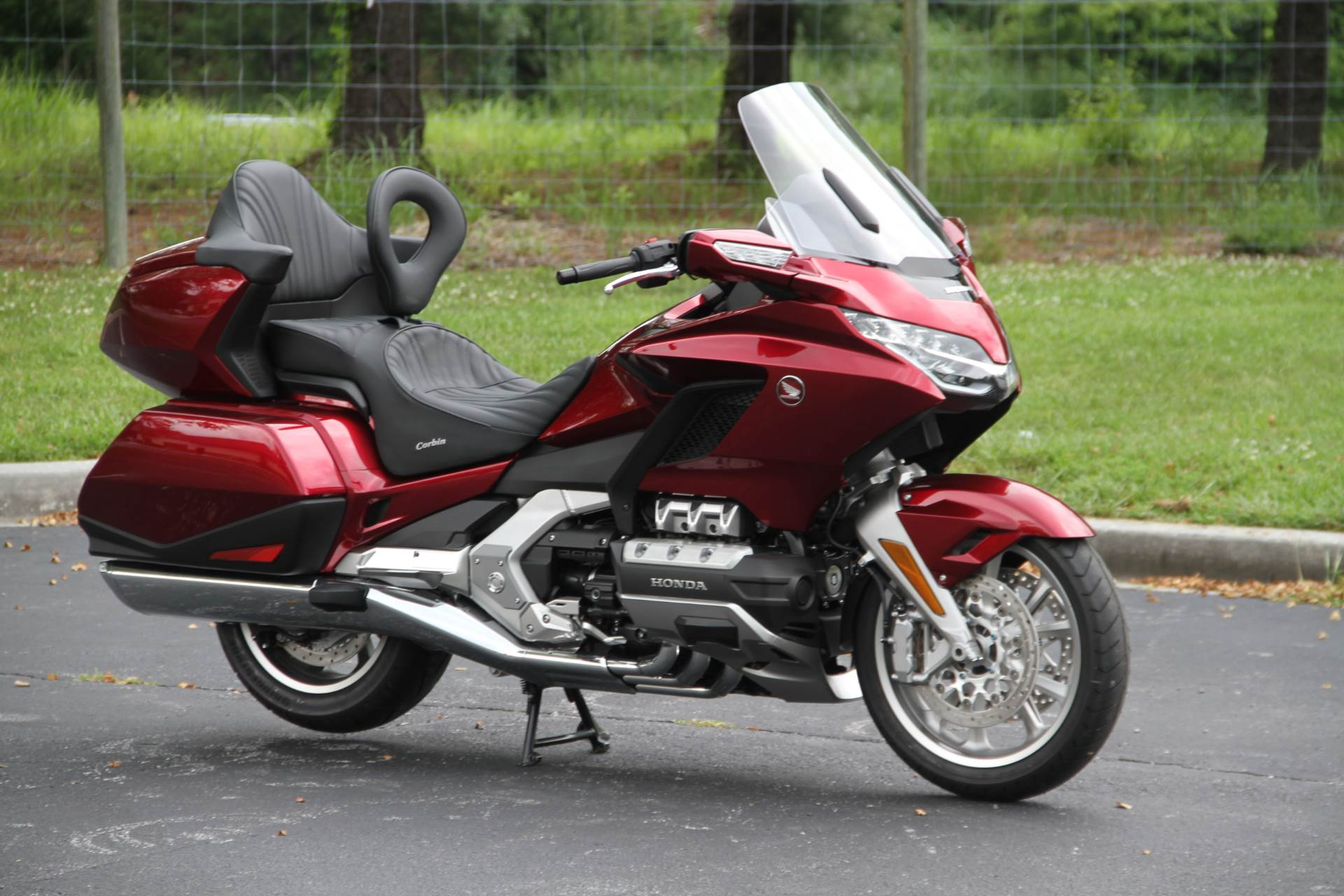 2018 Honda Gold Wing Tour in Hendersonville, North Carolina - Photo 7