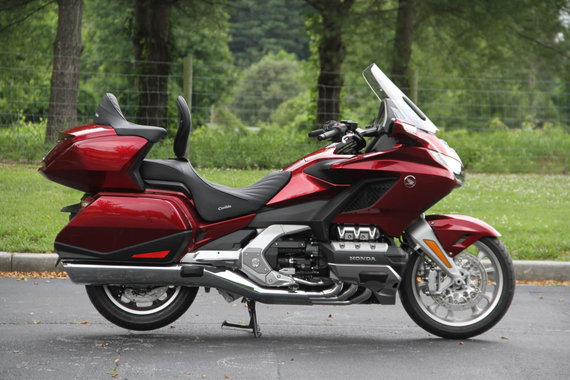 2018 Honda Gold Wing Tour in Hendersonville, North Carolina - Photo 9