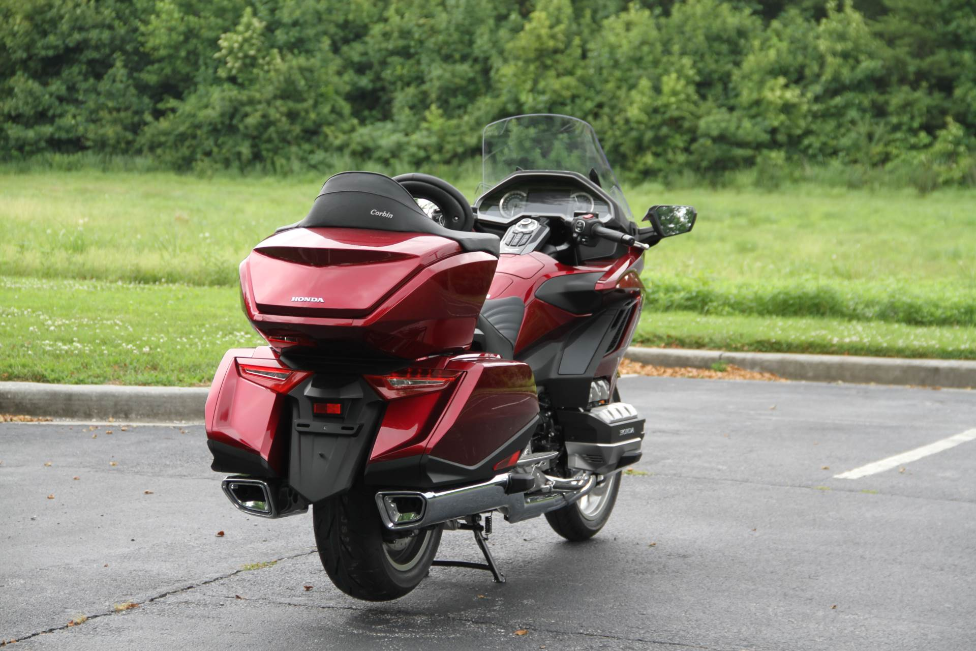 2018 Honda Gold Wing Tour in Hendersonville, North Carolina - Photo 13