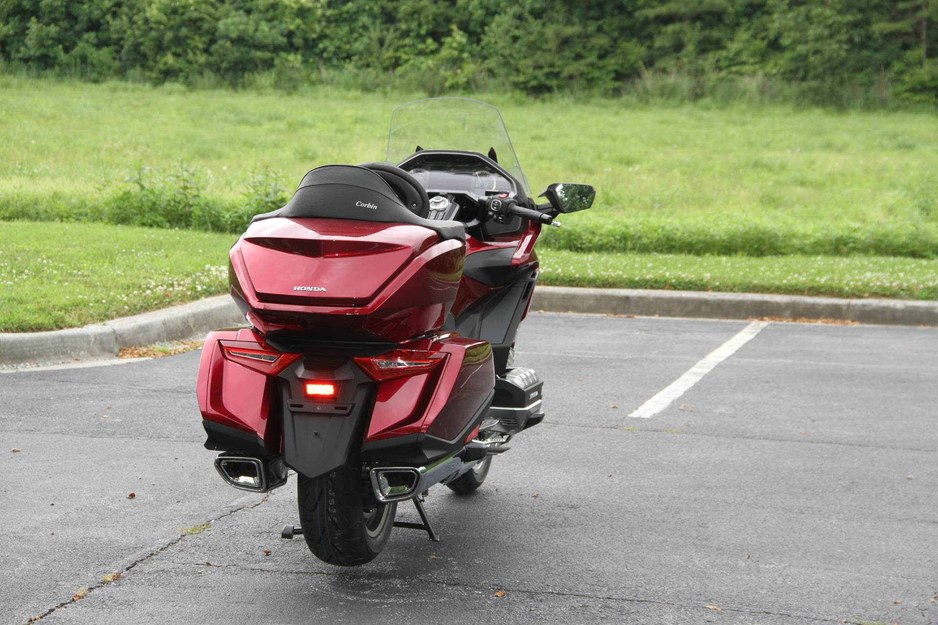 2018 Honda Gold Wing Tour in Hendersonville, North Carolina - Photo 14