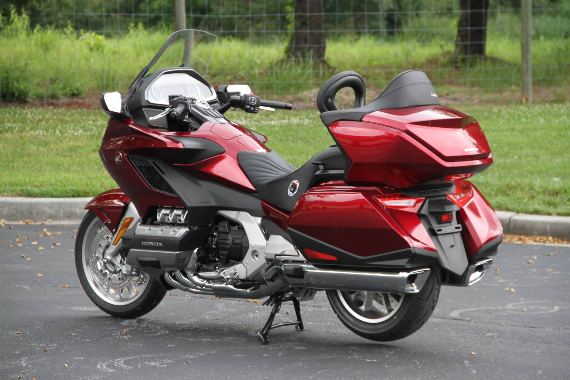 2018 Honda Gold Wing Tour in Hendersonville, North Carolina - Photo 19