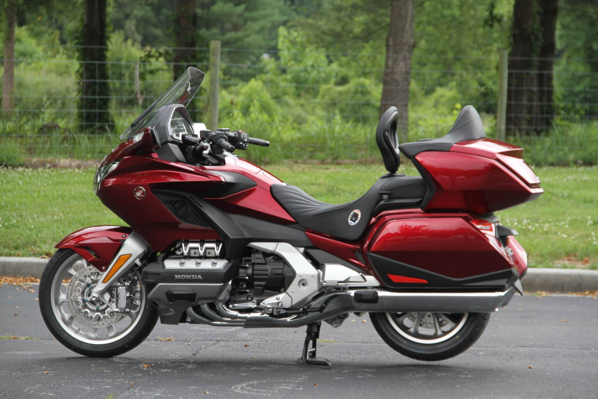 2018 Honda Gold Wing Tour in Hendersonville, North Carolina - Photo 21