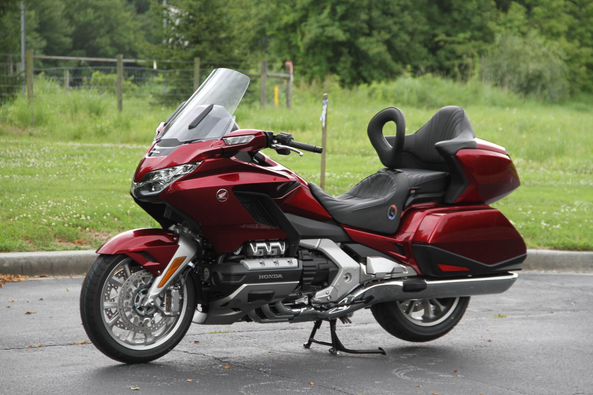 2018 Honda Gold Wing Tour in Hendersonville, North Carolina - Photo 23